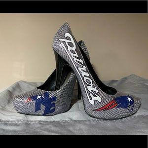 Carlos Santana Patriots Heels